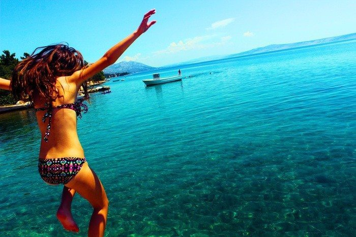 Traveling Around the World Will Make You More Confident