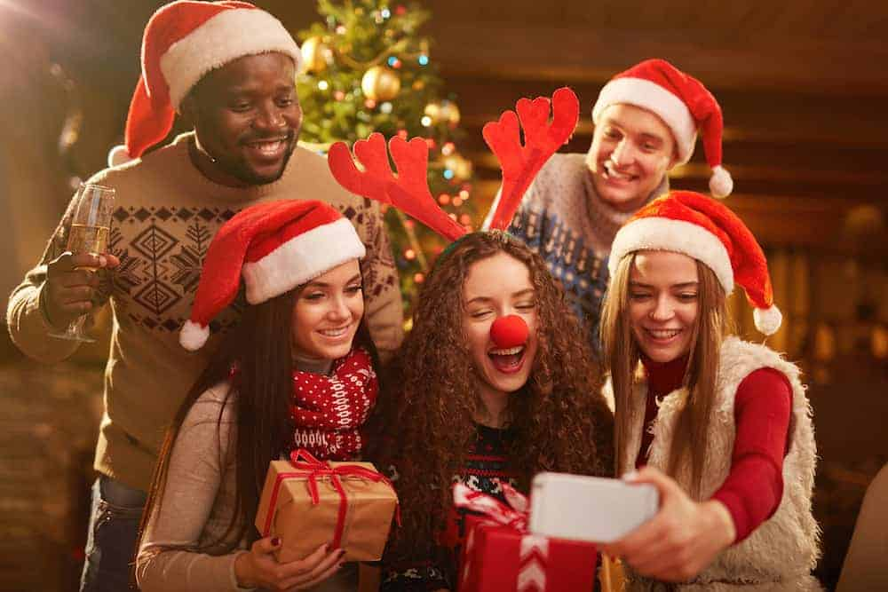 75 Christmas Quotes Sayings On Family Love 2020