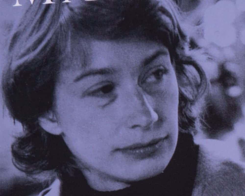 Beautiful Mary Oliver Quotes to Live By