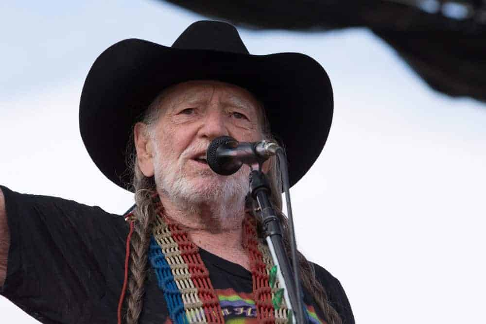 50 Amazing Willie Nelson Quotes From the Country Icon